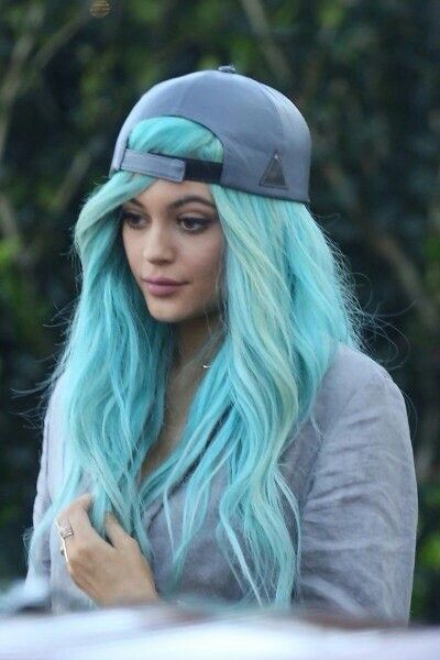 Kylie Jenner||Pinterest: • carmelizabethhh •