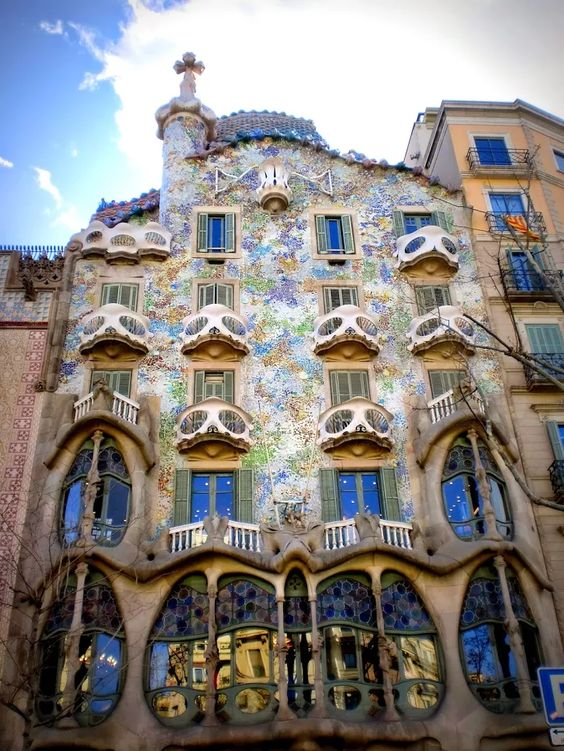 Photo: #Casa_Batllo is a renowned building and is one of Antoni Gaudí's masterpieces located in the center of #Barcelona, #Spain http://goo.gl/KK4iHZ.  For more amazing daily posts, Join ► +DirectRooms ◄