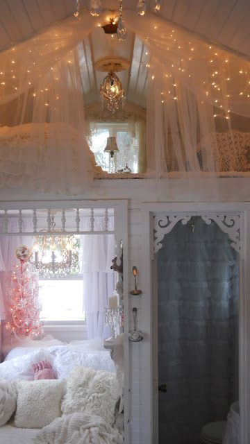 Shabby Chic Tiny Retreat - This is what my tiny house would look like.