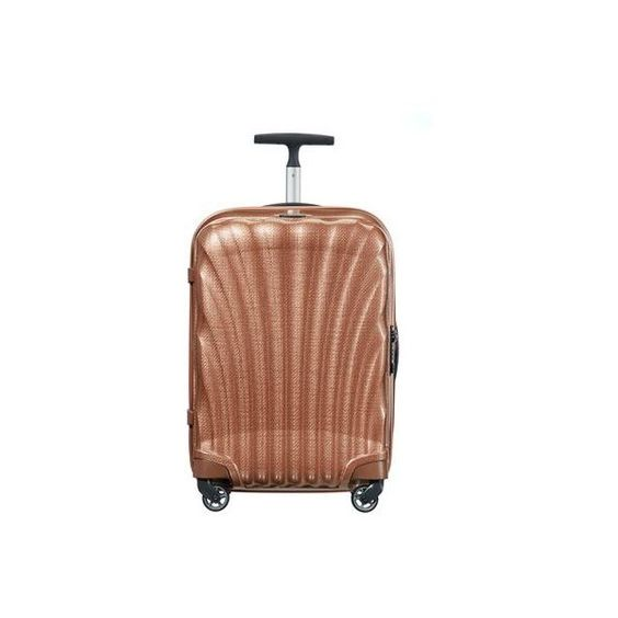 Samsonite Cosmolite 3.0 Spinner (55cm) (1.175 BRL) ❤ liked on Polyvore featuring bags and luggage