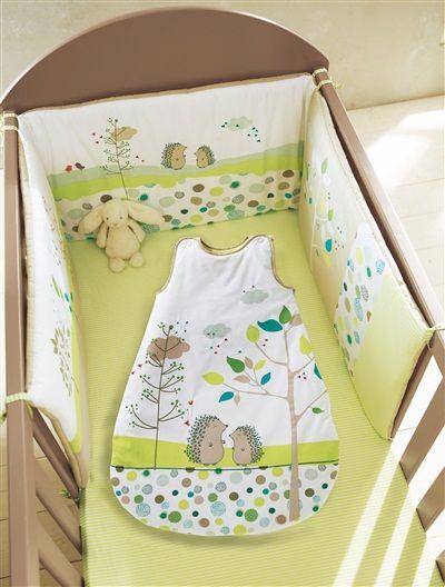 tour de lit b b brod th me pic nic vert jardins. Black Bedroom Furniture Sets. Home Design Ideas