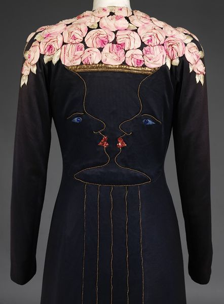 Evening coat Place of origin: London (made) Date:1937 (made) Materials and Techniques: Silk jersey, with gold thread and silk embroidery and applied decoration in silk