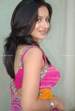 indian girls budding boobs hot pics