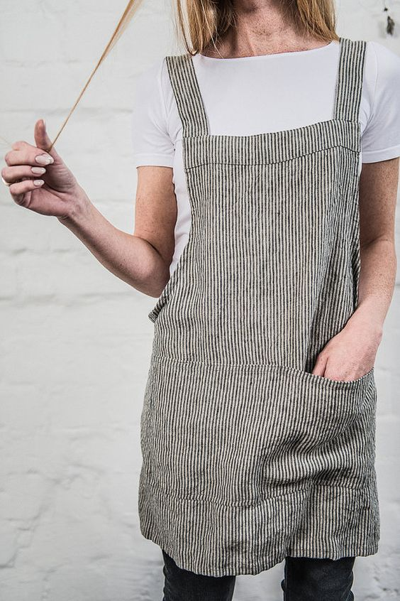 Short square cross linen apron/japanese style by notPERFECTLINEN: