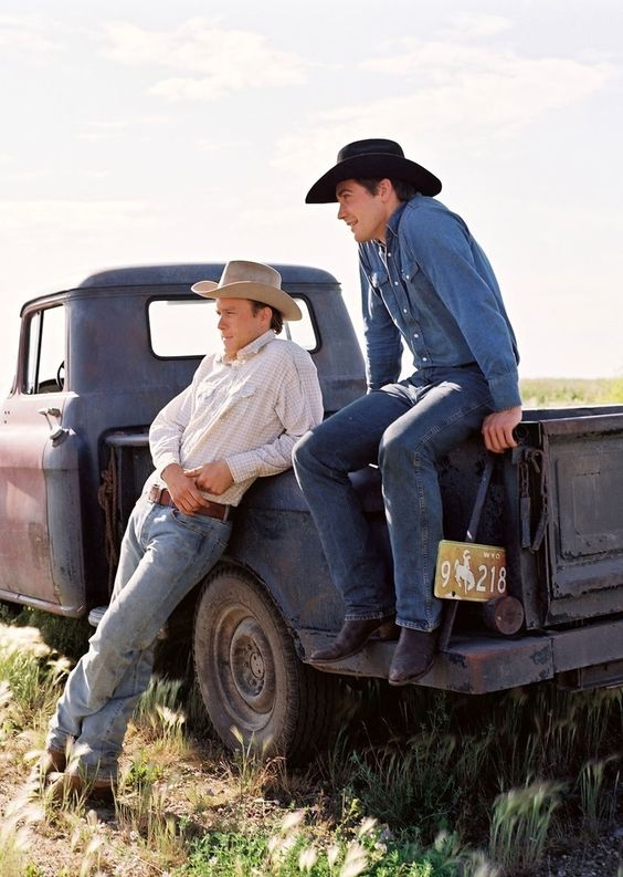 Heath Ledger - Jake Gyllenhaal Brokeback Mountain ( 2005 ):