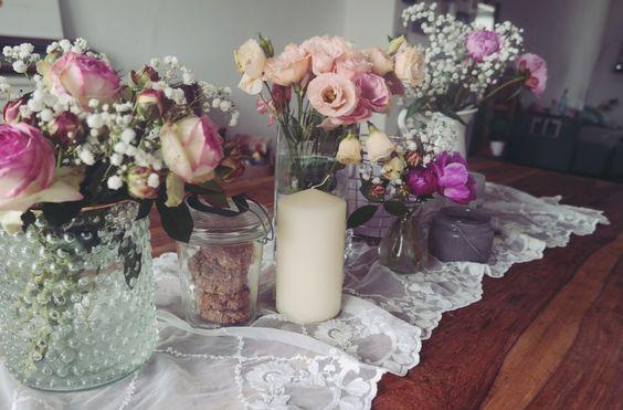 Mit Ritualen und Blumen ins Wochenende. - LILA + GLÜCKLICH