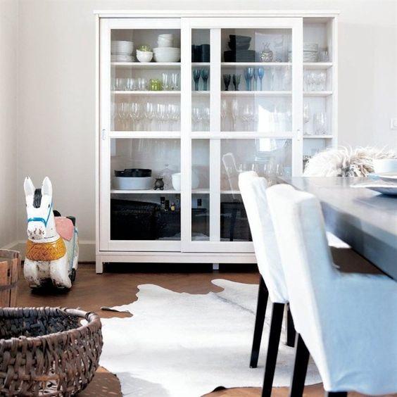 Ikea Vitrine Murale En Verre ~ dining room  white glass front cabinet  IKEA Family Live Magazine