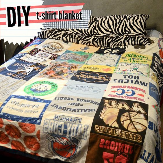 make your own tshirt blanket... I need to do this!