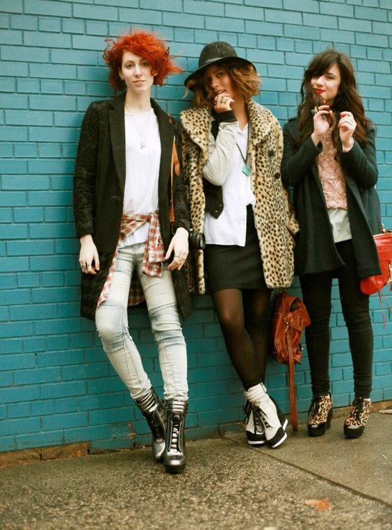 "Delune, Trop Rouge and Flashes of Style took to the streets of NYC to show off their ""SNEAKER"" look #NineAndTheGang"