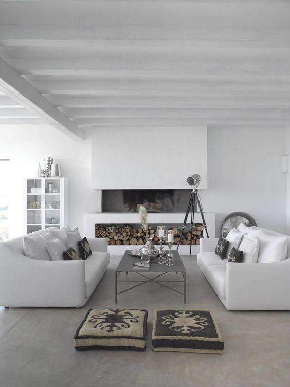 15 id es de chemin es ou po les bois fireplaces white interiors and modern interior design - Deco moderne open haard ...