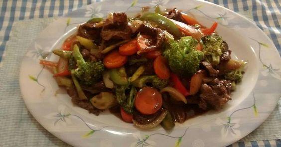 Fabulosa receta para Lomito con vegetales al estilo chino. Lomito con vegetales al estilo chino fácil y sabrosa receta que podrás preparar en pocos minutos.