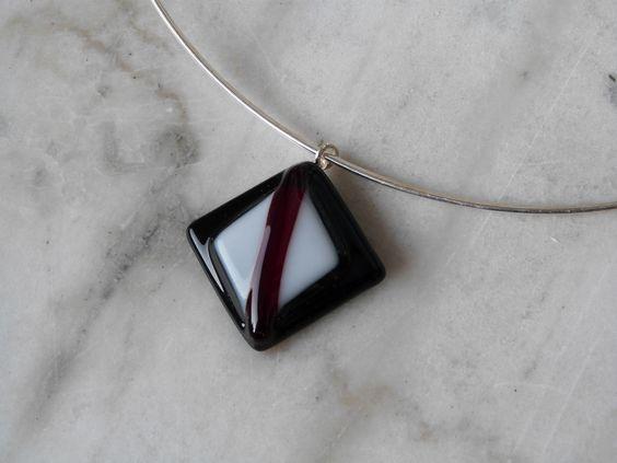 bijou pendentif verre  fusing