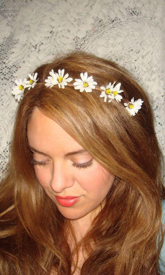 Daisy Flower Halo Wildflowers wreath head White daisies blue bells hair band Campanula chamomile headband flowers strawberry hair band girl
