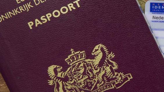 cool Stagiair krijgt zestien maanden voor vervalsen aanvraag paspoorten