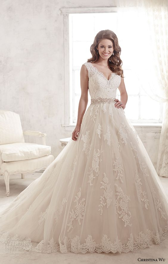Lace Wedding Dresses  Canada : Beautiful wedding and a line on