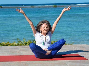 Professora de ioga de 98 anos Tao Porchon-Lynch