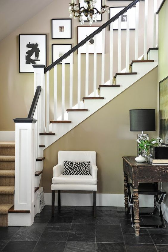 Home tour a classic craftsman love the colors house for Classic foyer design