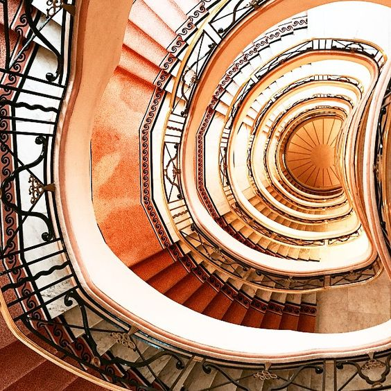 Never ending spiral staircase