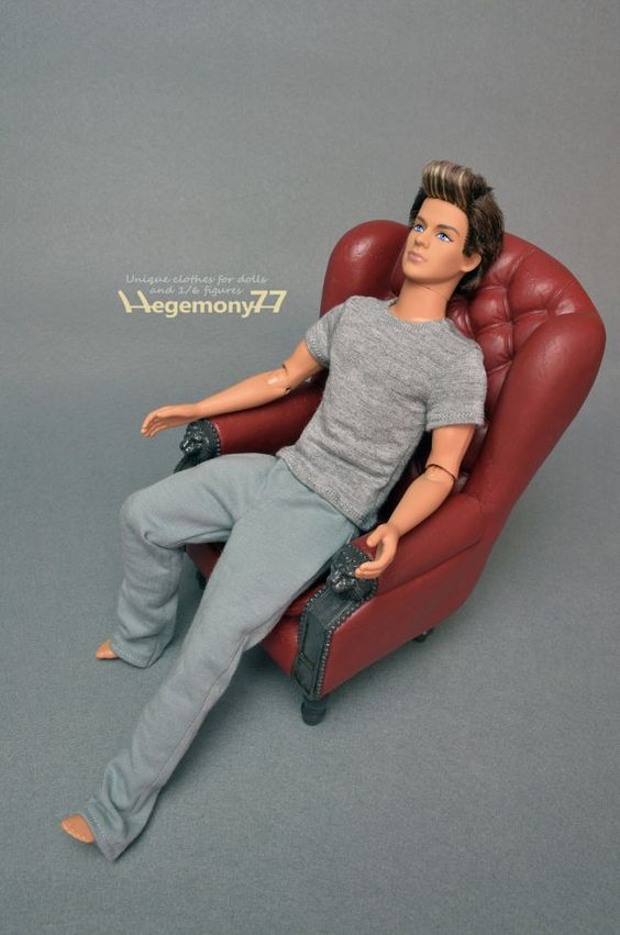Ones sixth scale Ken doll size custom clothes - grey T shirt and sweatpants