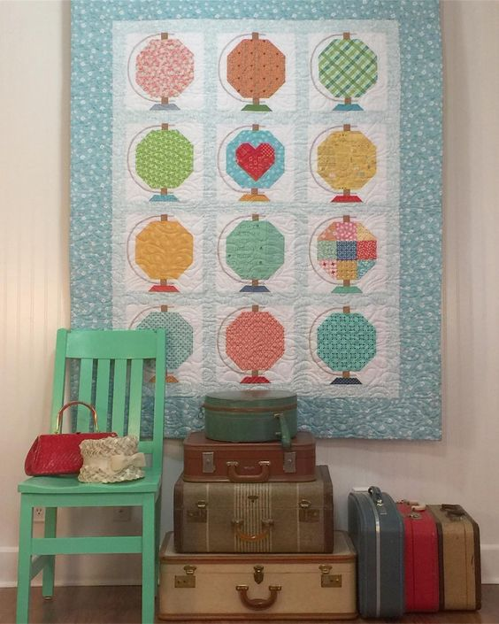"""Goin' on a Spelling Bee trip!  I'm all packed for a vintage vacation:) This is my """"Vintage Life"""" quilt from the book:) ❤#vintagelifequilt #spellingbeebook #globeblock"""