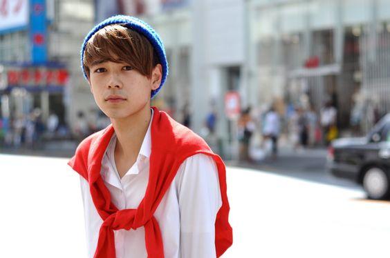 ニット帽を被った成田凌