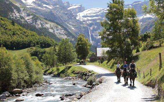 Horse trekking amidst the breath taking scenery of the Pyrenees