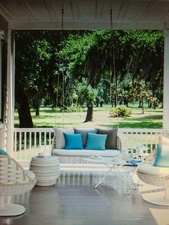 Der Lieblingsplatz auf der Terrasse mit dem Hanging Sofa