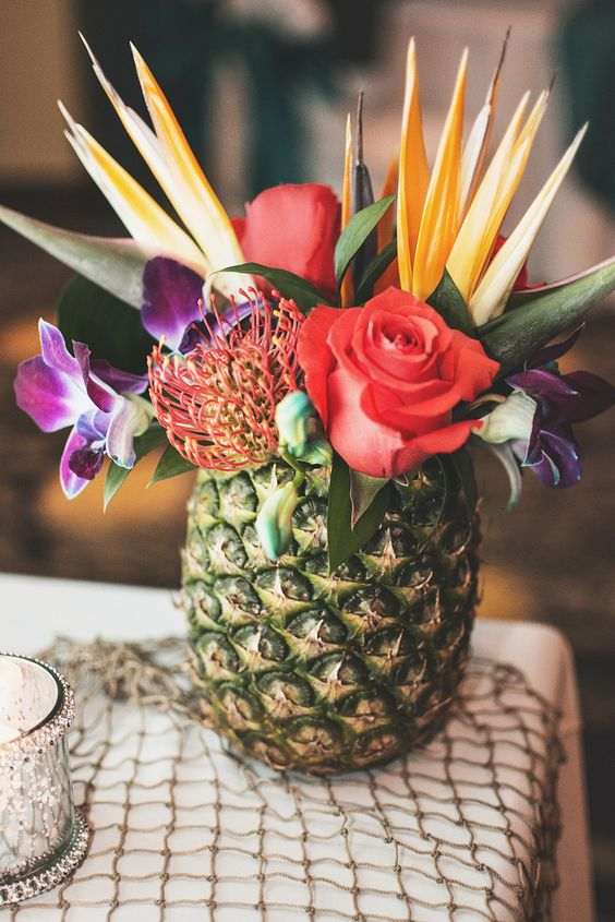 Pineapple centerpiece wedding. Taylor E photography