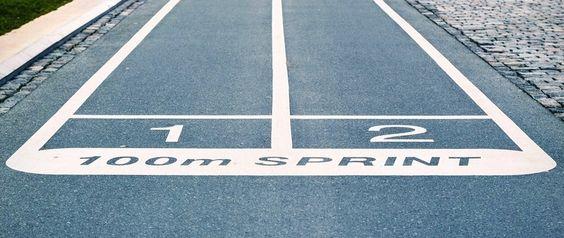"""#DesignSprint // Le """"Design Sprint"""" est inspiré du Design Thinking et de l'approche agile. Il s'agit de concentrer sur une semaine les différentes phases du Design Thinking pour tester une idée : inspiration, conceptualisation et réalisation. La recette magique, c'est la contrainte de temps et l'attention de tous les instants portée à l'utilisateur final. En étant contrainte, l'équipe libère toute sa créativité."""