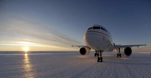 airbus-a320-on-ice