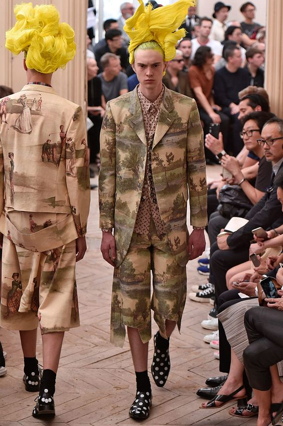 Comme des Garçonspresented its Spring/Summer 2016 HOMME PLUS collection duringParis Fashion Week.