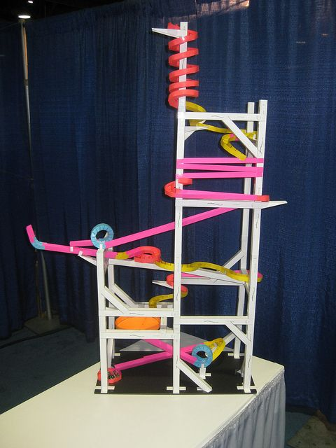 The finished long beach paper roller coaster by andrew for Free printable paper roller coaster templates