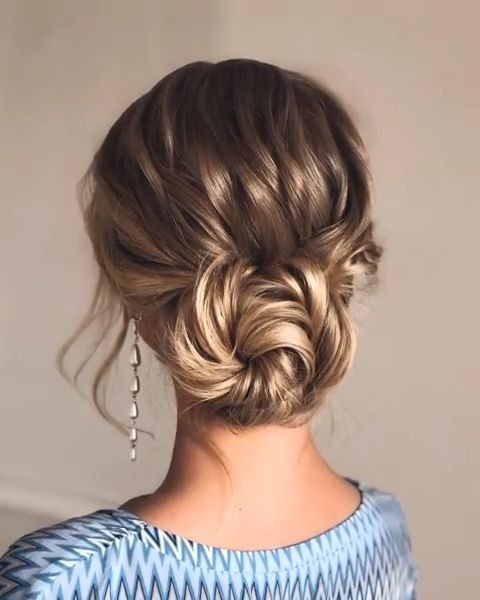 Amazing Hair Updo Ideas For Women With Medium Length Hair 19 Long Hair Styles Hair Lengths Medium Hair Styles