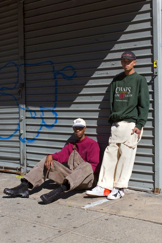 How To Wear '90s Vintage Streetwear This Fall