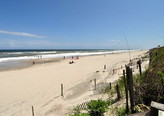 Dreams Oceanfront Home in Villages at Ocean Hill Corolla