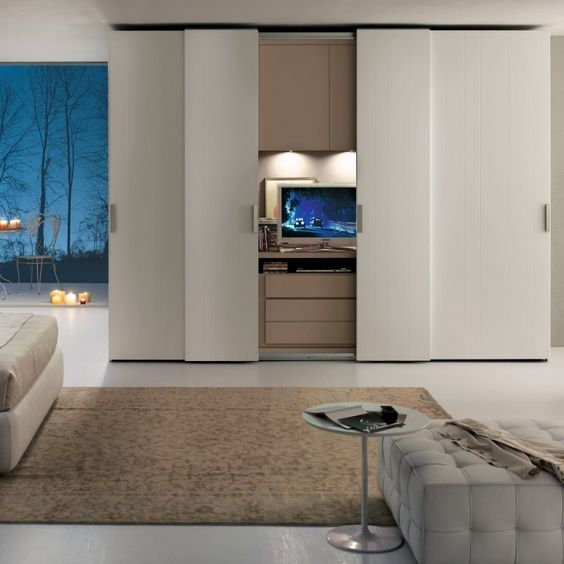 moderner kleiderschrank in weiß mit falttüren   schlafzimmer, Schlafzimmer design