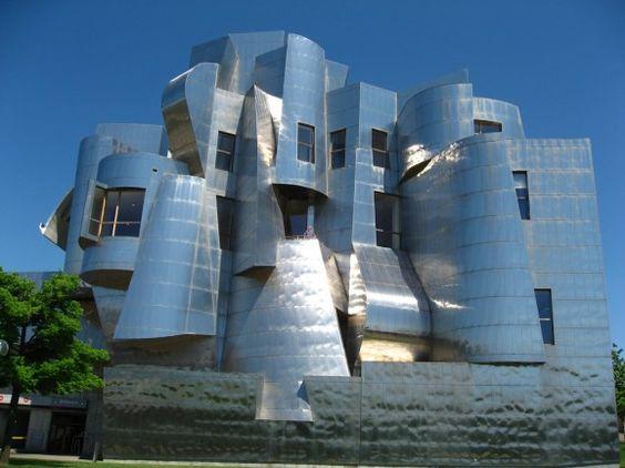 UofM Frederick Weisman Art Museum in Minneapolis