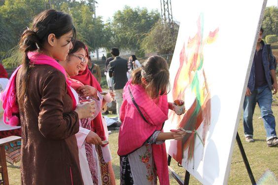 #GlowGraffiti visits artistic students at Nishtar Medical and Dental College!