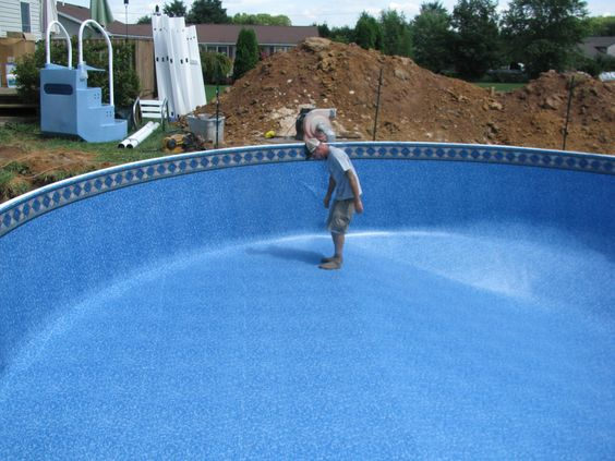 Smoothing of liner in the Radiant Pool