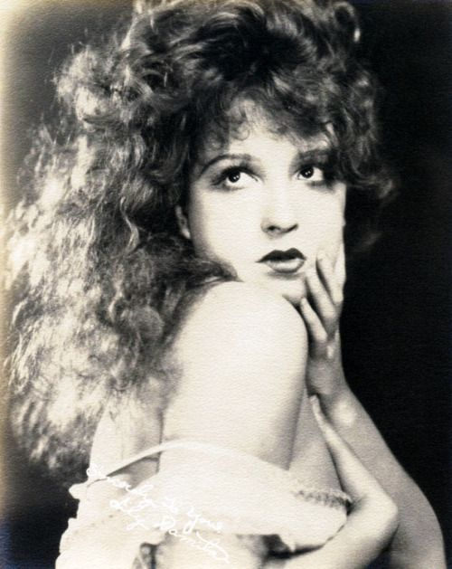 The gorgeous locks actress Lili Damita, 1920s