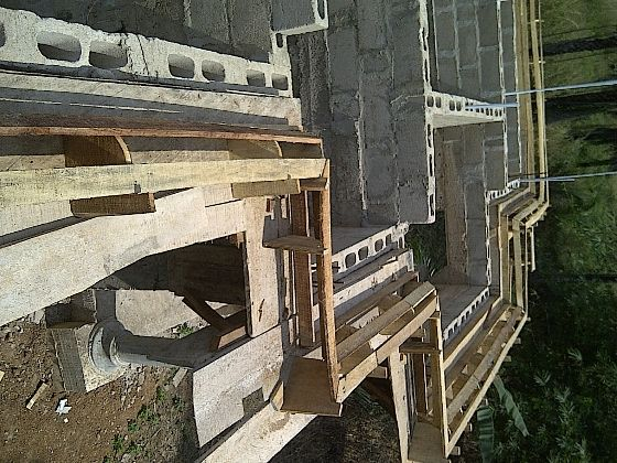 Parapet Concrete Fascia And Other Roofing Styles Properties 3 Nigeria In 2020 Parapet Roof Beam Roofing