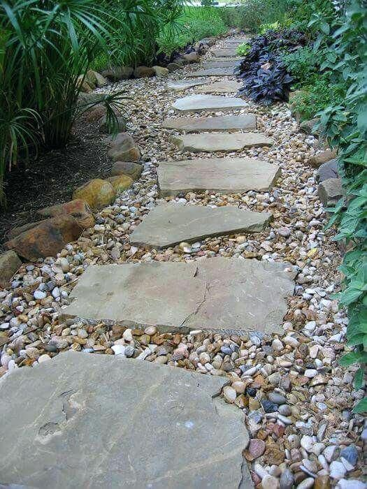 Gravel Walkway Ideas With Flagstone Inlay Pea