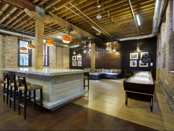 Cobbler Square Loft Apartments In Old Town Chicago Club