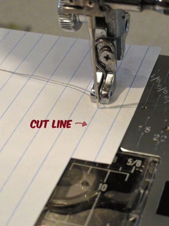 "great tutorial on how to get that perfect quilter's 1/4"" seam. Clever!"