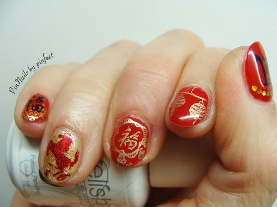 The year of the Horse: Chinese Nails in Gelish: