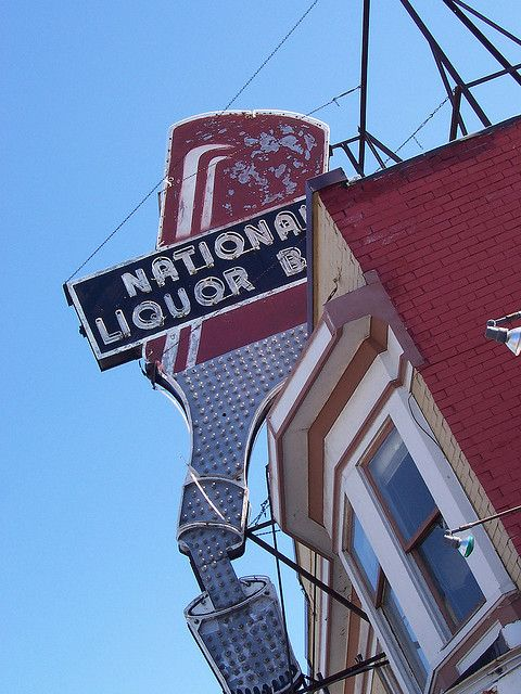 National Liquor Bar