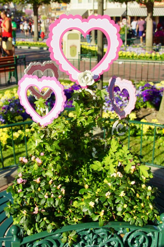 Love is in the air at Disneyland Park @ Valentine's Day