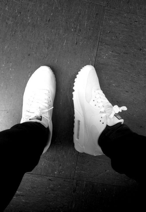nike air max 90 all white mens