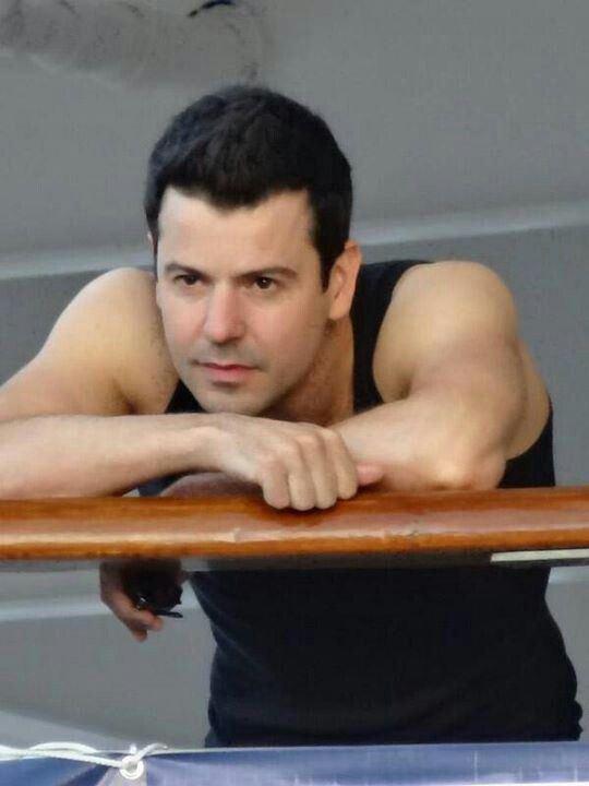 Jordan Knight. Obviously making the face he makes when he's thinking about me.