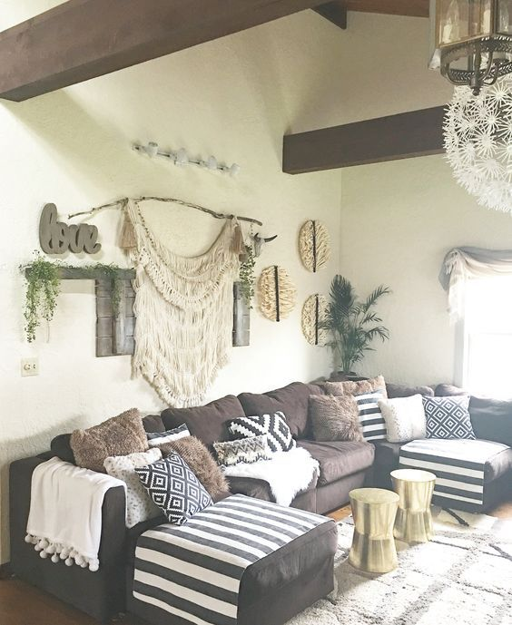 bohemian living room decorating idea 17